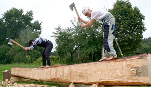 Barefoot hewing